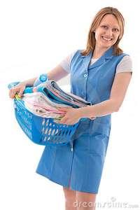 woman-basket-laundry-14043134